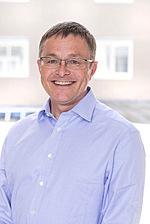 Dr Stephen Barter