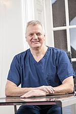 Dr Nick Claydon